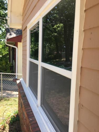 Crappy window frames and paint jobs